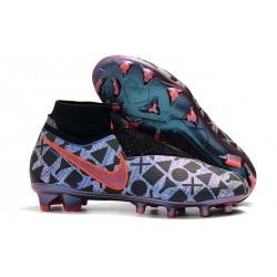 Crampons pour Hommes Nike Phantom VSN Elite DF FG Nike x EA Sports Bleu Noir Rouge