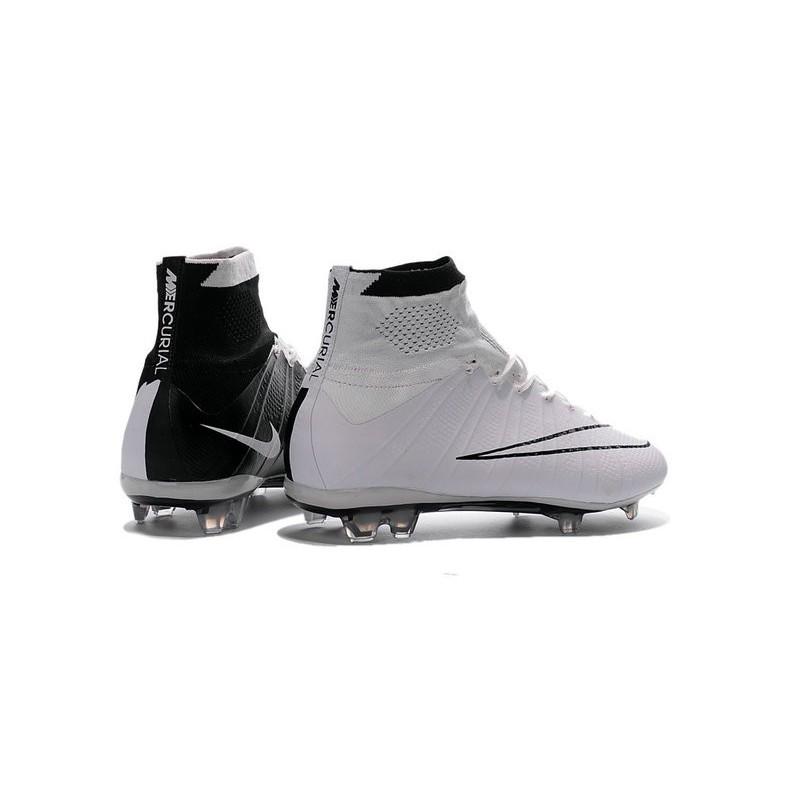official photos ffe4d e0b8c Chaussures Mercurial Superfly IV FG Nouvelle Pas Cher Noir Blanc