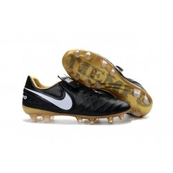 Nike 2016 Chaussures de Football Tiempo Legend 6 FG Noir Blanc Or