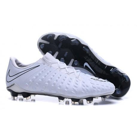 Chaussures de Football pour Hommes Nike Hypervenom Phantom III FG Blanc Noir