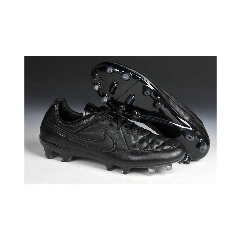 chaussure de foot nike noir
